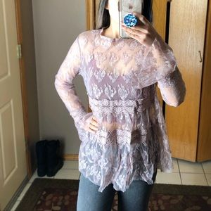 Tops - Lace Bell sleeve Blouse